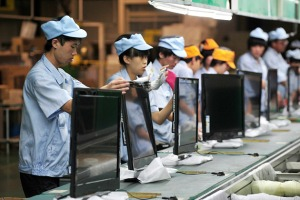 0916_china_workers_630x420